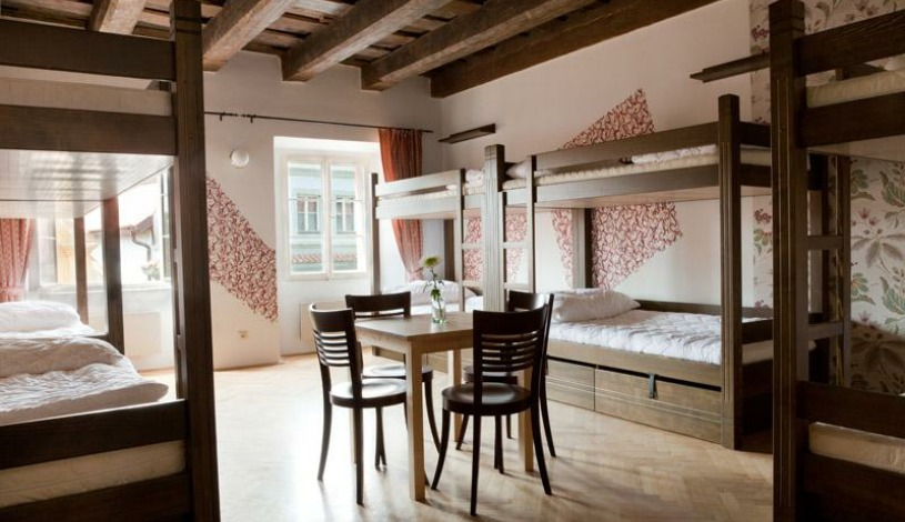Arpacay Backpackers Hostel Praha - 1 person in 10bedded dorm