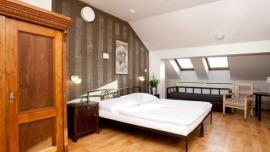 Hostel Sir Toby`s Praha - Quad room with private bathroom